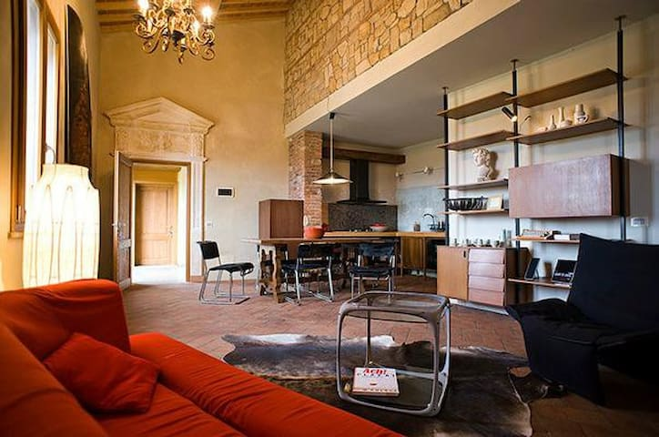 TUSCANY FOREVER RESIDENCE VILLA FAMIGLIA FIRST FLOOR APARTMENT no.3
