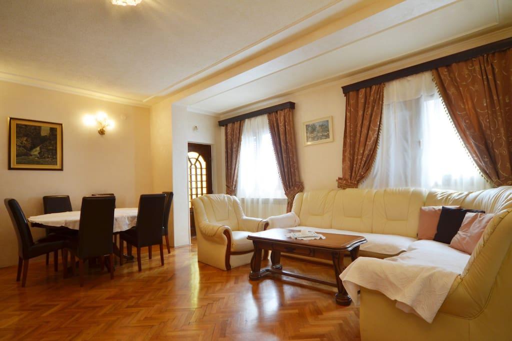 Villa Rose Three Bedroom Apt 1 Flats For Rent In Rovinj