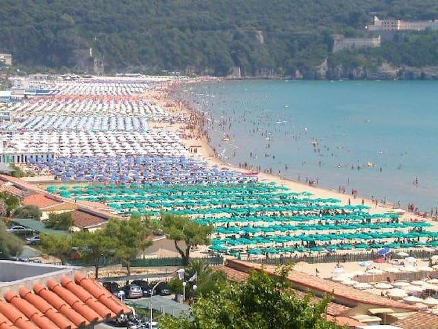 Gaeta Serapo Spiaggia Appartamento