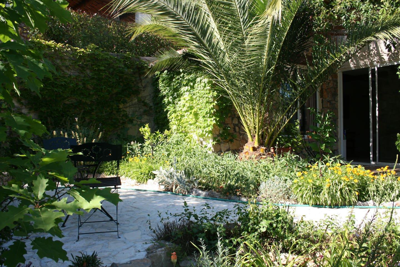terrasse du gîte lotus 8