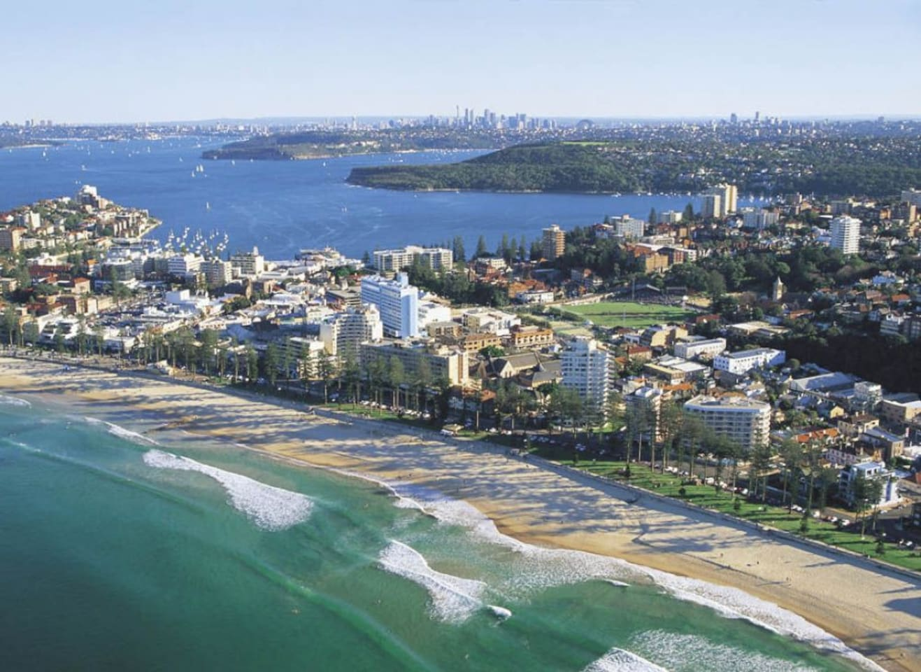 Live the Manly Beach lifestyle!