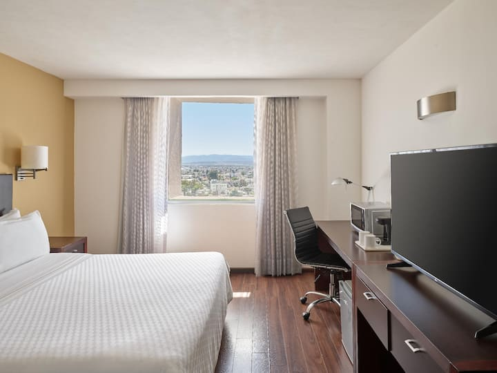 Spacious Room Superior Double Bed At Durango