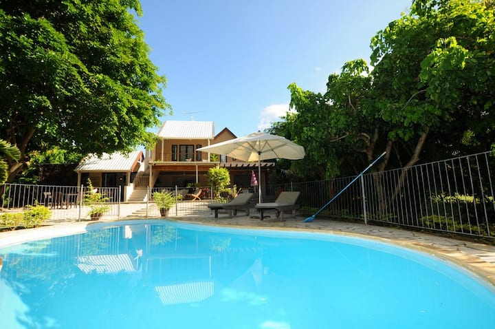 Villa Chez Nous with pool,maid,wifi, beach 50m