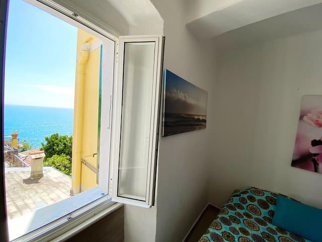 Marina - sea view in the heart of Riomaggiore