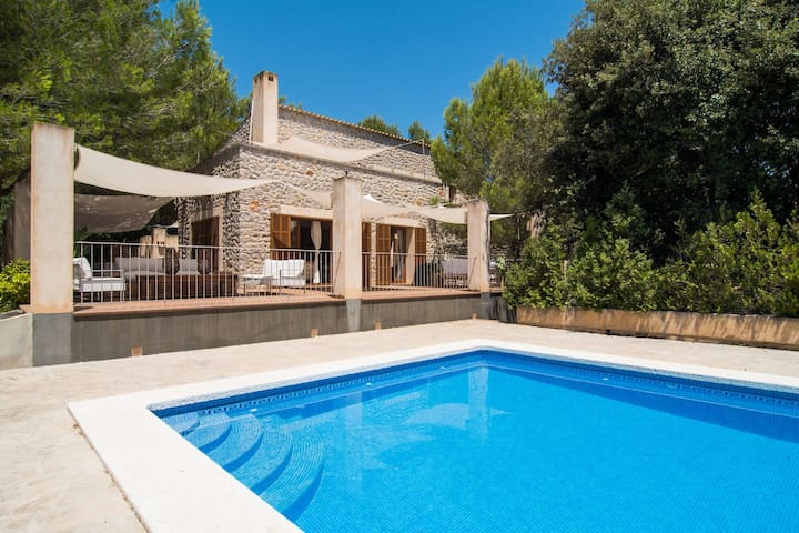 VILLA PULA ONE by Priority
