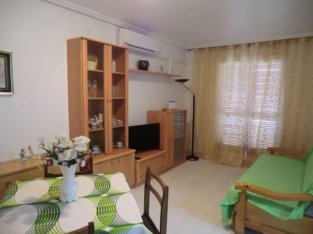 Apartamento a 250 m de playa Acequion con piscina - Torrevieja - Leilighet