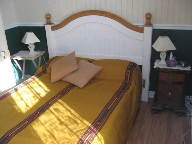 Chambre Équatorienne avec lit double