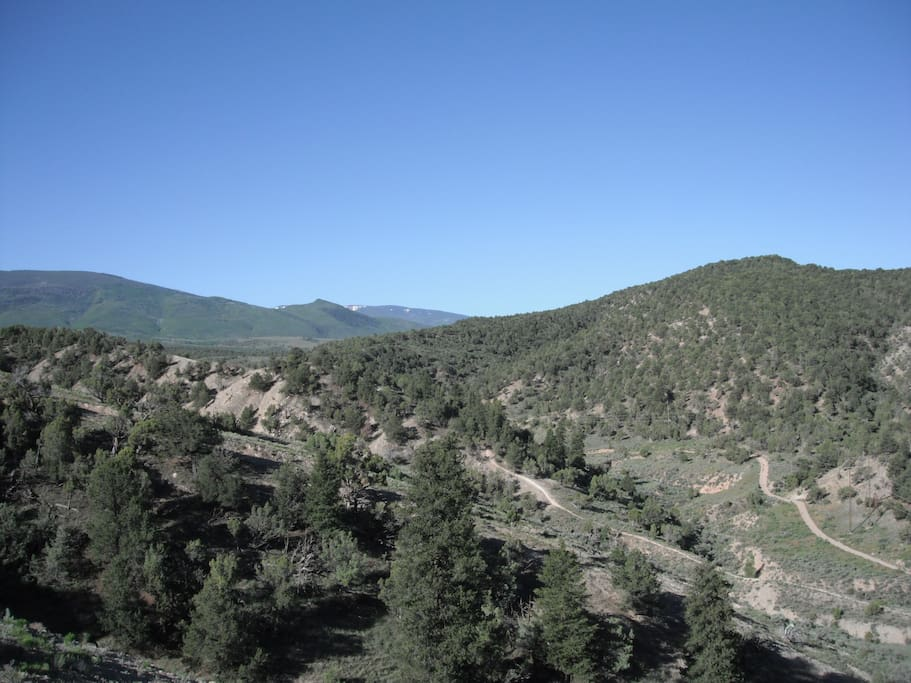 Private access to Unit 44 hunting and thousands of miles of backcountry hiking, biking, snowmobiling, atving. BLM and White River National Forest, Hardscrabble Mountain