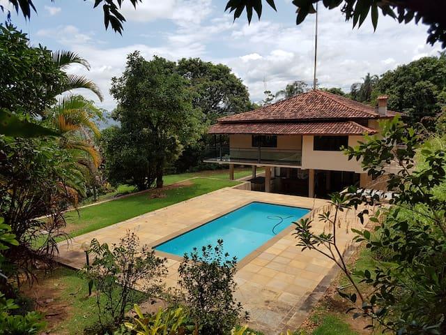 Maravilhoso Sitio com Vista para Serra da Piedade - Nova Lima - Cabana