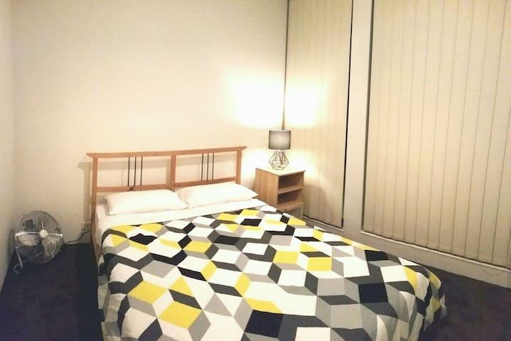 Prime Location 1 Bedroom Apt + WIFI - Haymarket