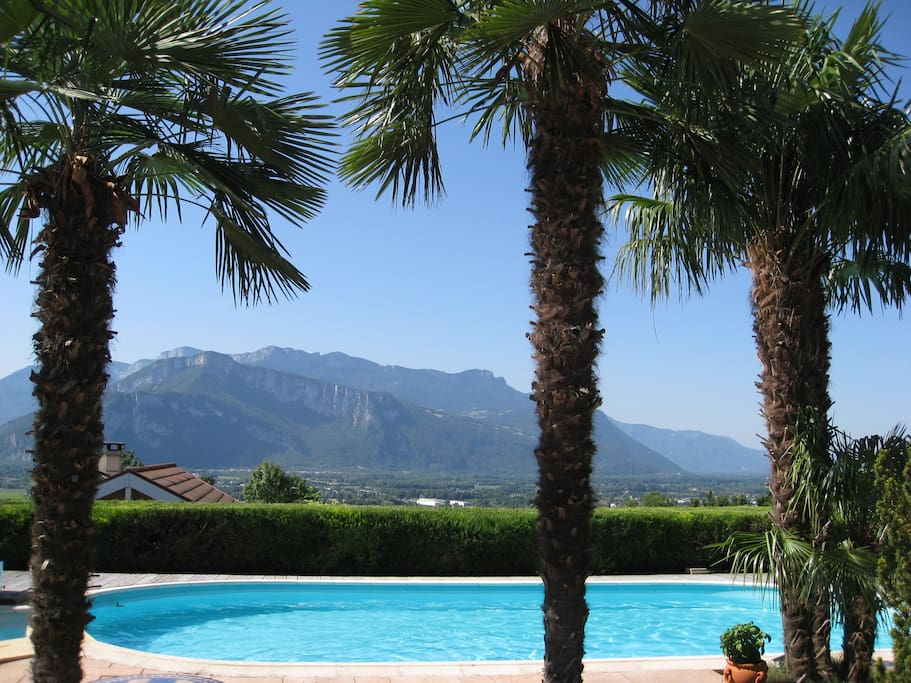 Chambre en chartreuse guesthouses for rent in saint jean for Piscine moirans