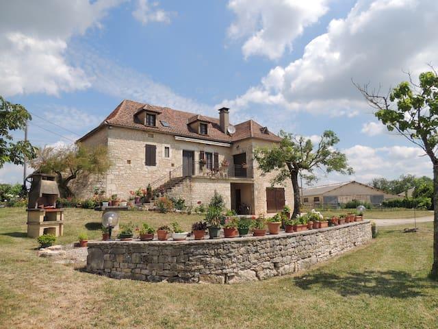 Maison de campagne les Causses du Quercy 8 pers