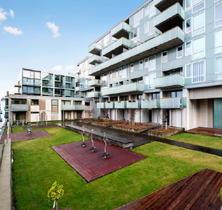 Modern apt close to city centre balcony parking - Asciugatrice in balcone ...