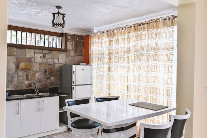 Select Executive Apartments (2 Bedrooms) No3