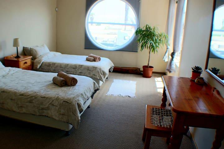 Spacious Room in Downtown Swakopmund - Swakopmund - Appartement