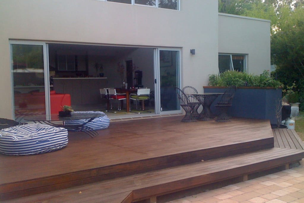 Relaxing deck out the back. A great place to unwind in the afternoon