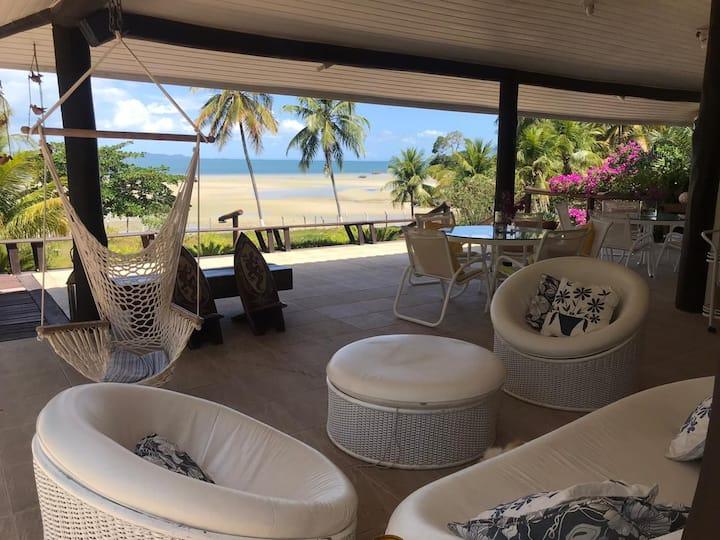 Casa Charmosa Pé-na-Areia em praia paradisíaca!