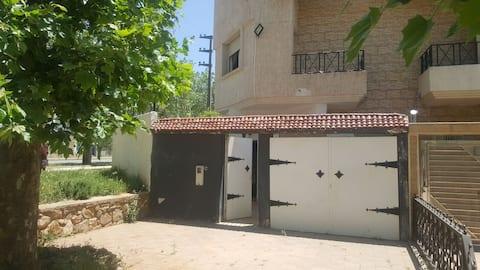 Cottage Rental Imouzzer Kandar