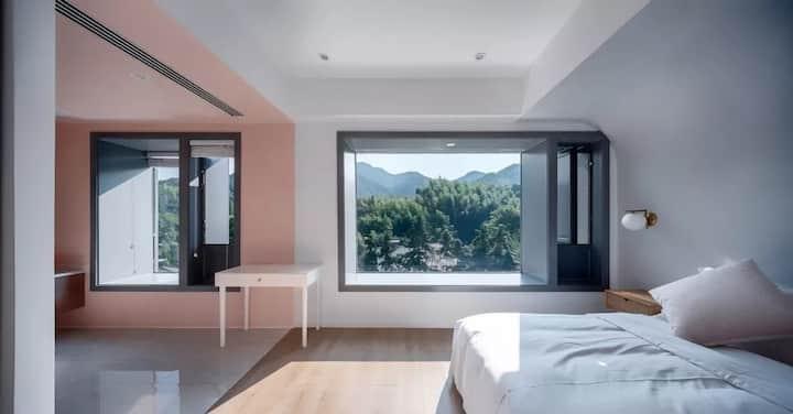 地暖--ROSE山景大床房-超大飘窗鸟瞰核心山景/坐落在莫干山半山腰/超大观星平台