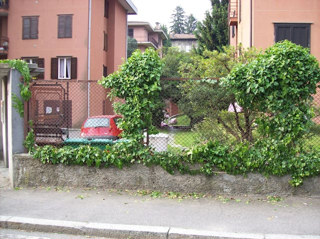 Monolocale in autogestione a Varese - Varese - Apartment