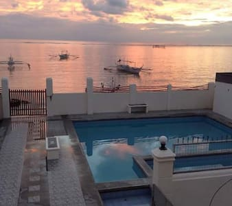 Beach Front - Golden Sea Beach Resort - - Lian - Guesthouse