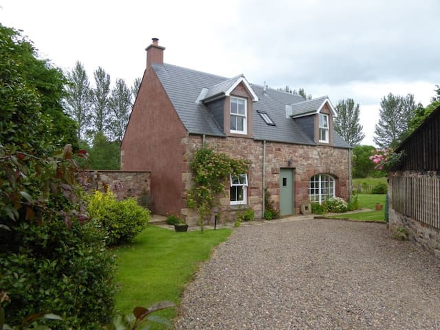 Old Mill Cottage - Kelso