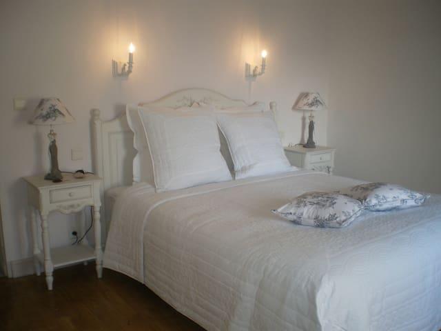 Chambres d'hôtes LE CLOS GAXEN - La Bastide-Clairence - ที่พักพร้อมอาหารเช้า