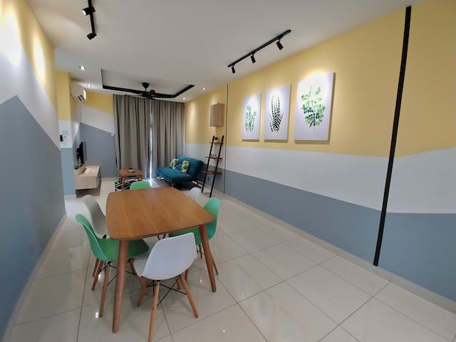 Midori Concept Home Stay@Sky Habitat 24-01,JB Town