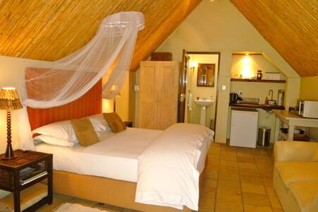 RIVER COTTAGES - Dassie Chalet @ Porcupine Hills