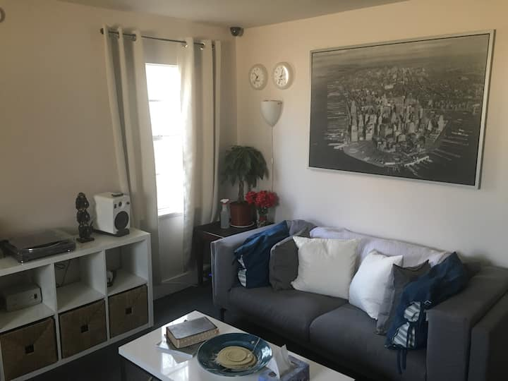 Living/Lounge Room (w/ Full-Size Bed)  {FM-969}
