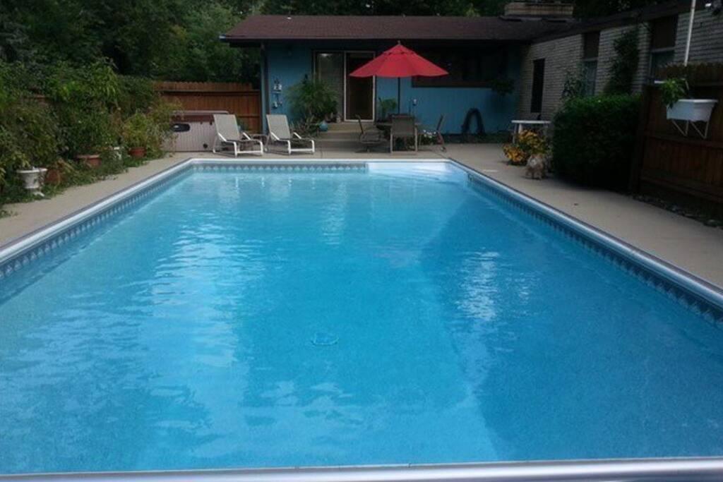 18 x 36 heated pool and hot tub