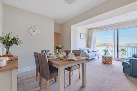Luxury Apartment In The Heart of Salcombe
