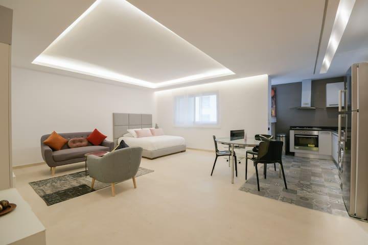 Luxury one bedroom apartment - Best location