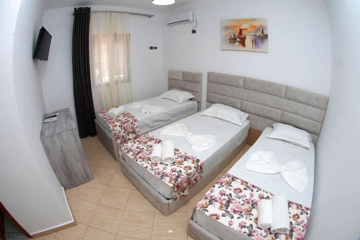Hotel Horizont: Studio with Balcony