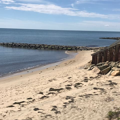 Waterfront Condo w/ Private Beach in Dennis Port