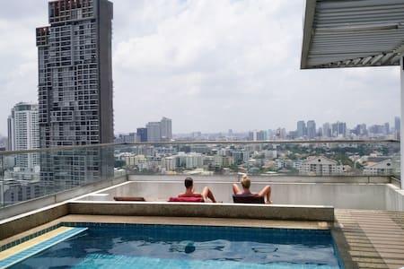 Cute&modern studio top floor close to MRT station - Bangkok - Huoneisto