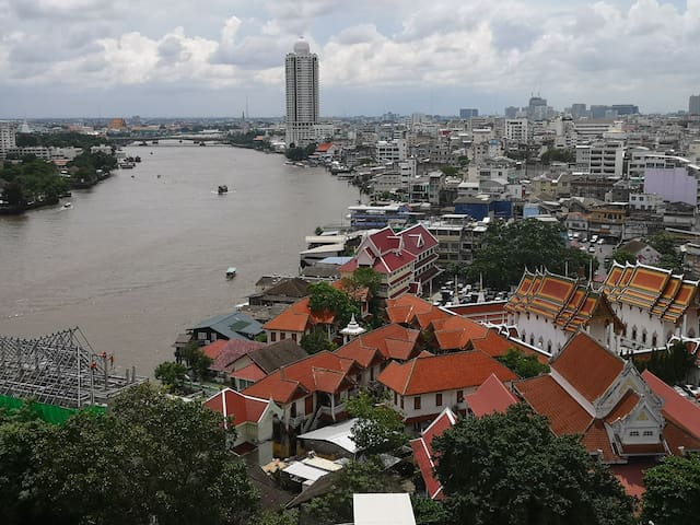 Bird eye view of the curve of Chao Phraya river