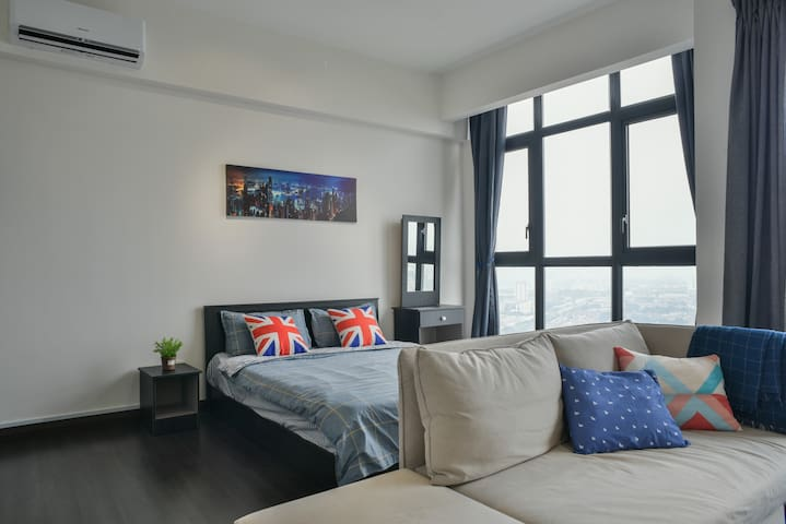 Modern cozy House With KLCC View at Kuala Lumpur中文