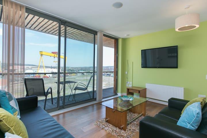 Titanic Qtr 10th floor apt SLEEPS 6 - Belfast - Wohnung