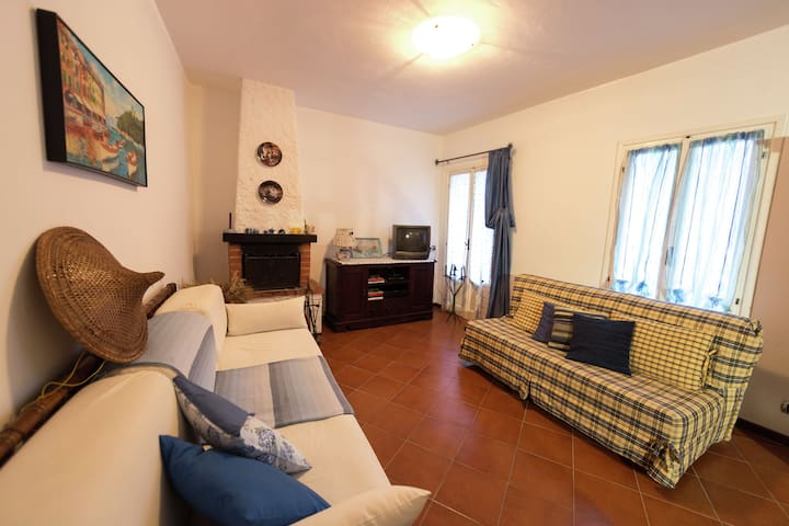 Cosy Holiday Home in Stellanello with Garden
