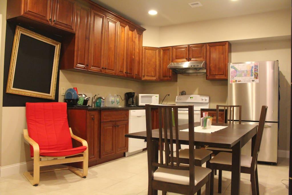 Full kitchen with free wireless internet.