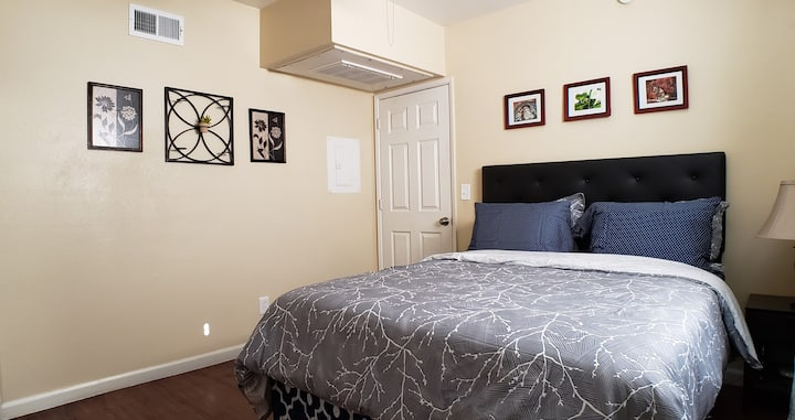 💖Value, Clean&Comfy Stay|AC|<2 mi UofA| Pets Ok💖