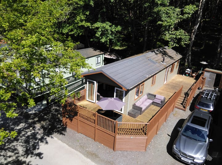 Pony Meadows Lodge on the shore of Lake Windermere