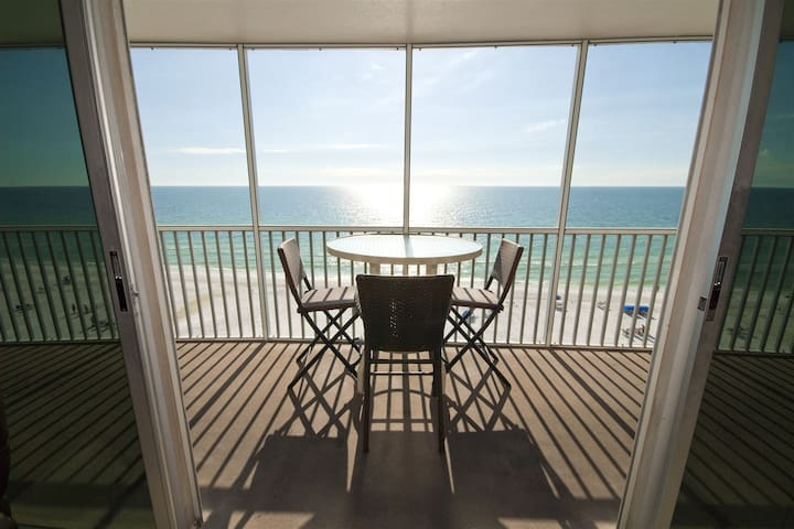 REZRentals - Crystal Sands #803 - Updated 2 Bed / 2 Bath Direct Oceanfront - High-rise 10 Feet from the Beach !