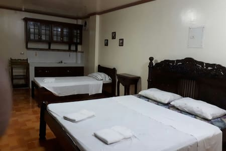 Angela's Family Room - Tacloban City - Bed & Breakfast