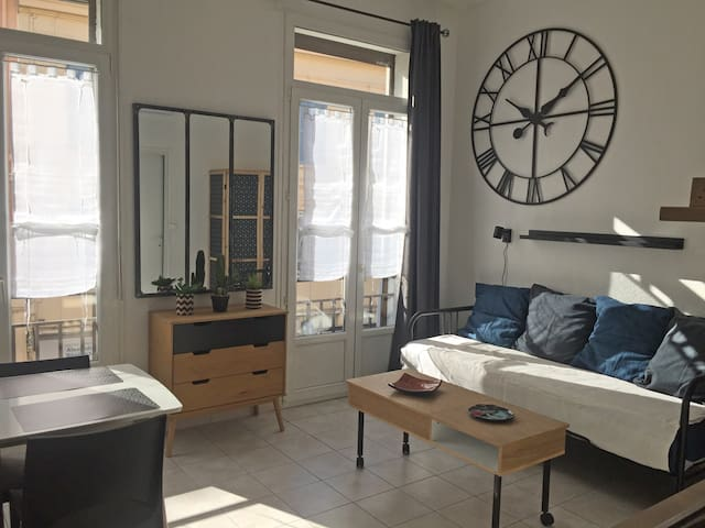 Studio style scandinave 50 m plage, port, gare