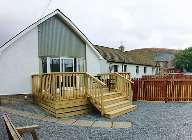 Registry Cottage - Ullapool - Hus