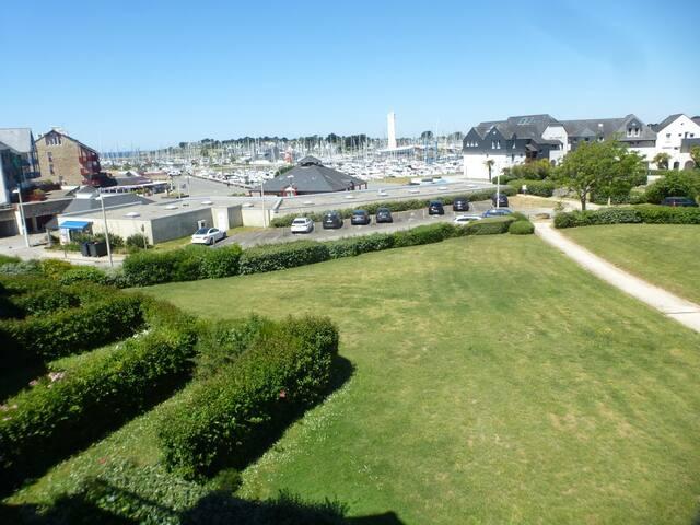 Arzon-Appart.-5 pers-1 ch-vue sur le Port et Mer