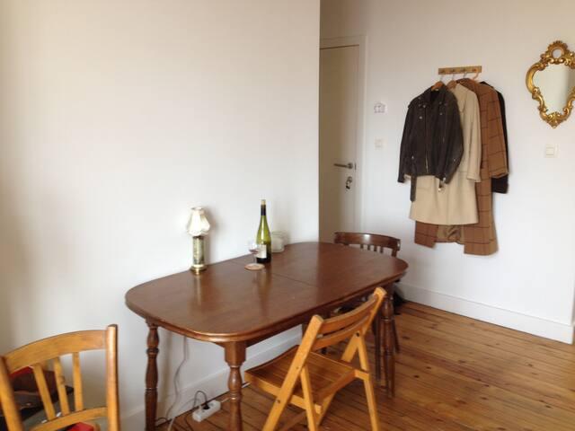 appartement au coeur de Saint Gilles - Saint-Gilles - Lägenhet