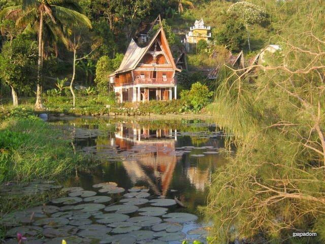 Baccara Batak house Lake Toba - Simanindo - Pensió